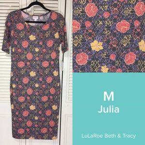 NWT LulaRoe Julia, M